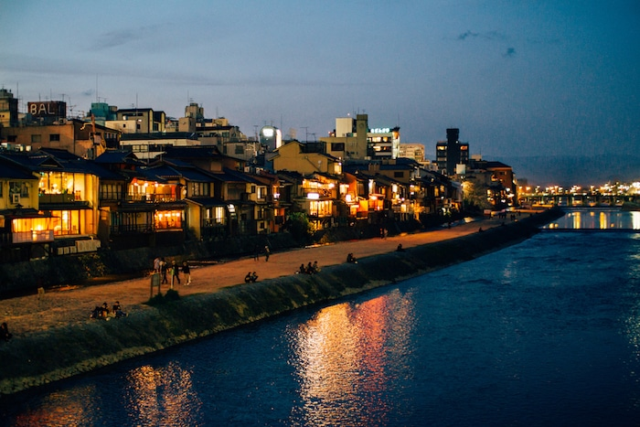 kyoto-kamo-river-night-view